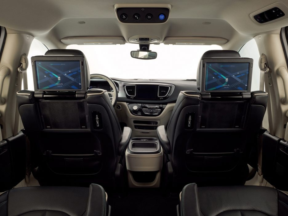 Chrysler Pacifica Hybrid minivan equipped with Waymo's fully s