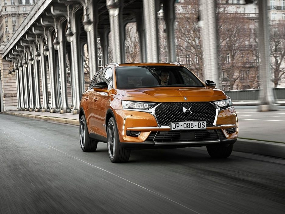 DS-7_Crossback-2018-1600-04