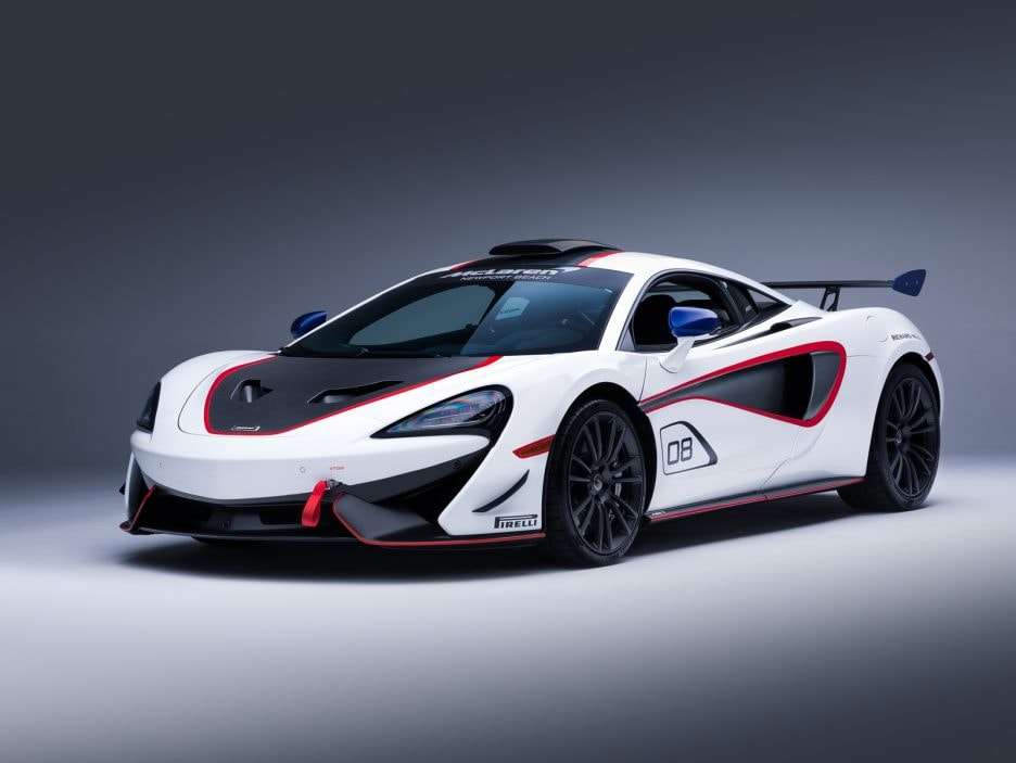Medium-8821McLaren-MSO-X---08-Anniversary-White_Red-and-Blue-Accents---03
