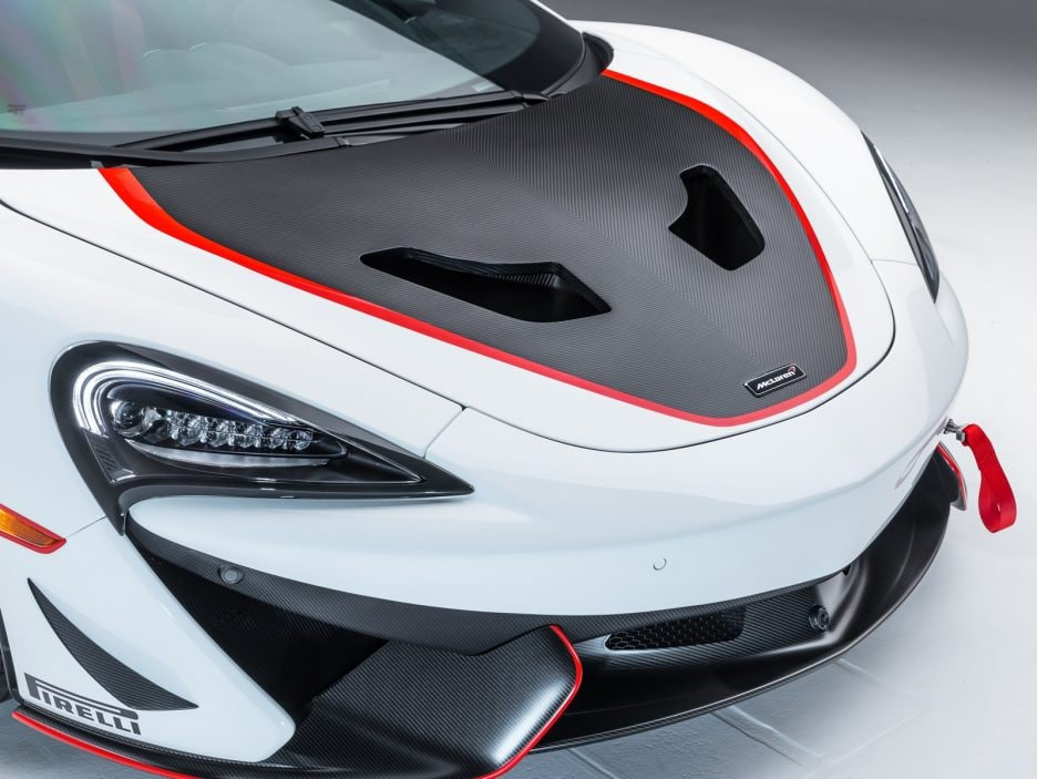 Medium-8825McLaren-MSO-X---08-Anniversary-White_Red-and-Blue-Accents---08