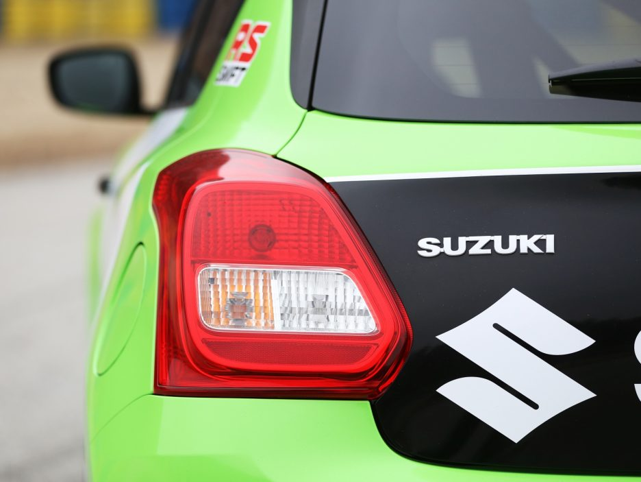Suzuki Swift RS faro posteriore