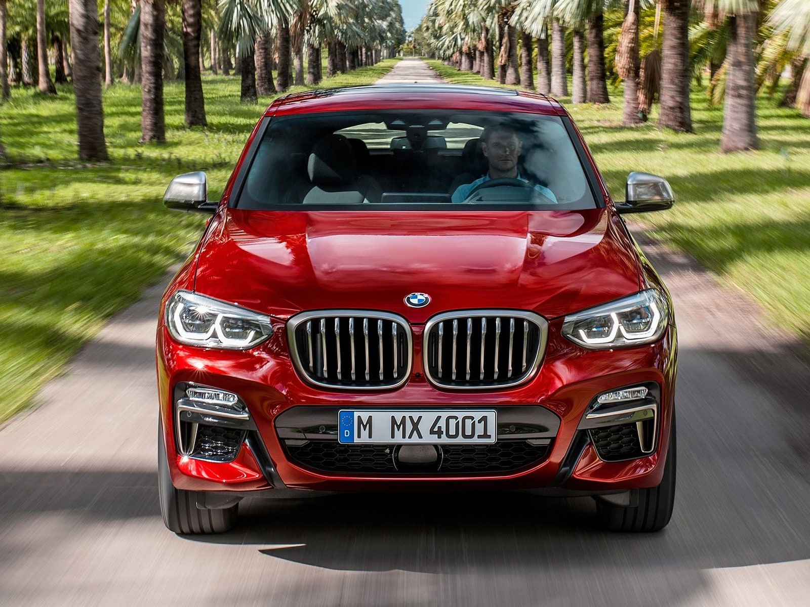 bmw x4 2018 prime fotografie e informazioni salone di ginevra 2018 panoramauto. Black Bedroom Furniture Sets. Home Design Ideas