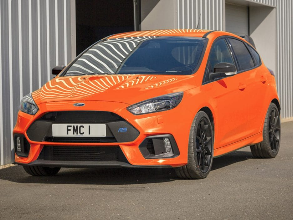 Ford-Focus-RS-Heritage-Edition-2