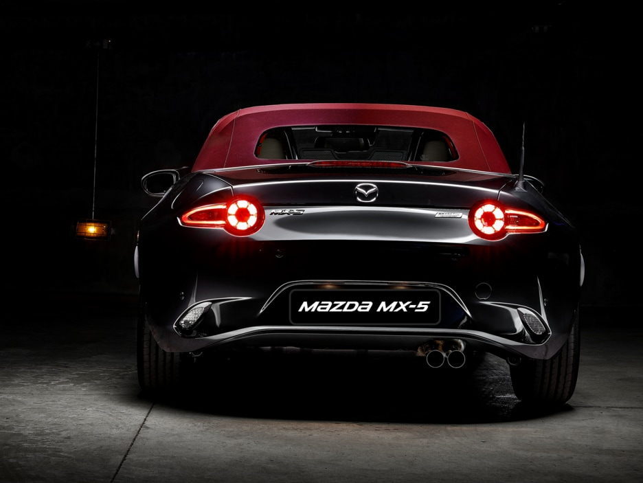 2_MX5_CherryEdition_exterior2-