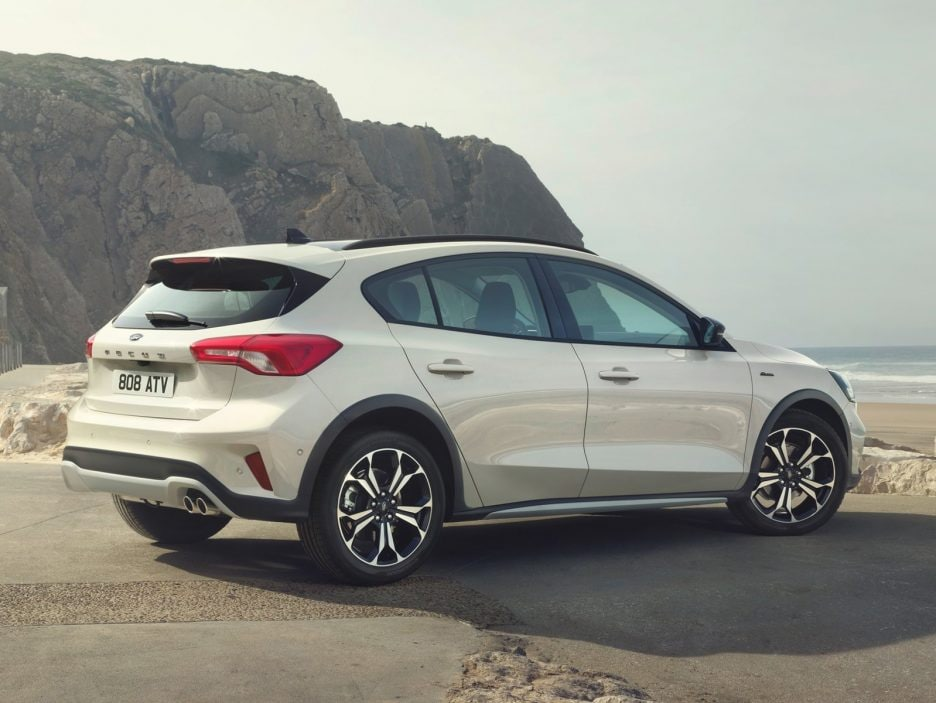Ford-Focus_Active-2019-1600-0a