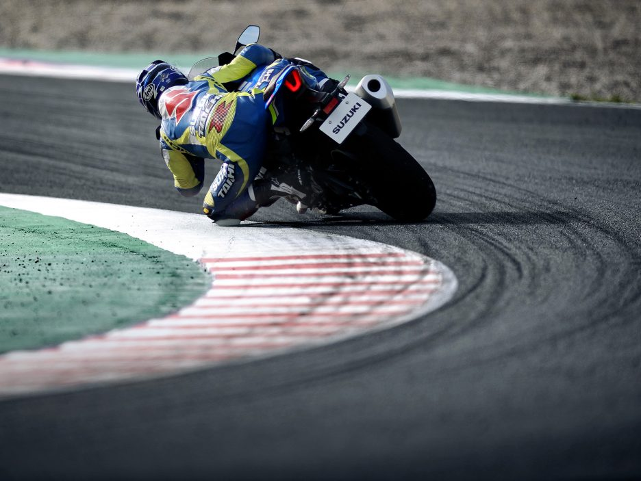 GSX-R1000RAL8_action_10