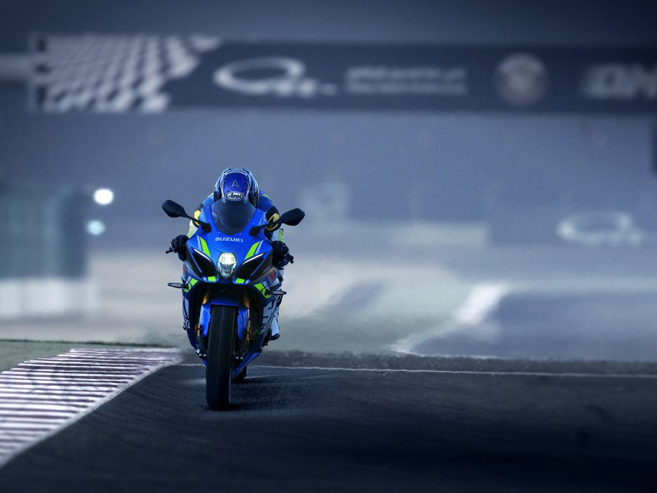GSX-R1000RAL8_action_6 (3)
