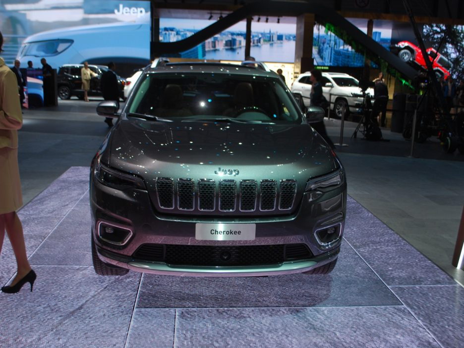 Jeep Cherokee restyling frontale - Ginevra 2018