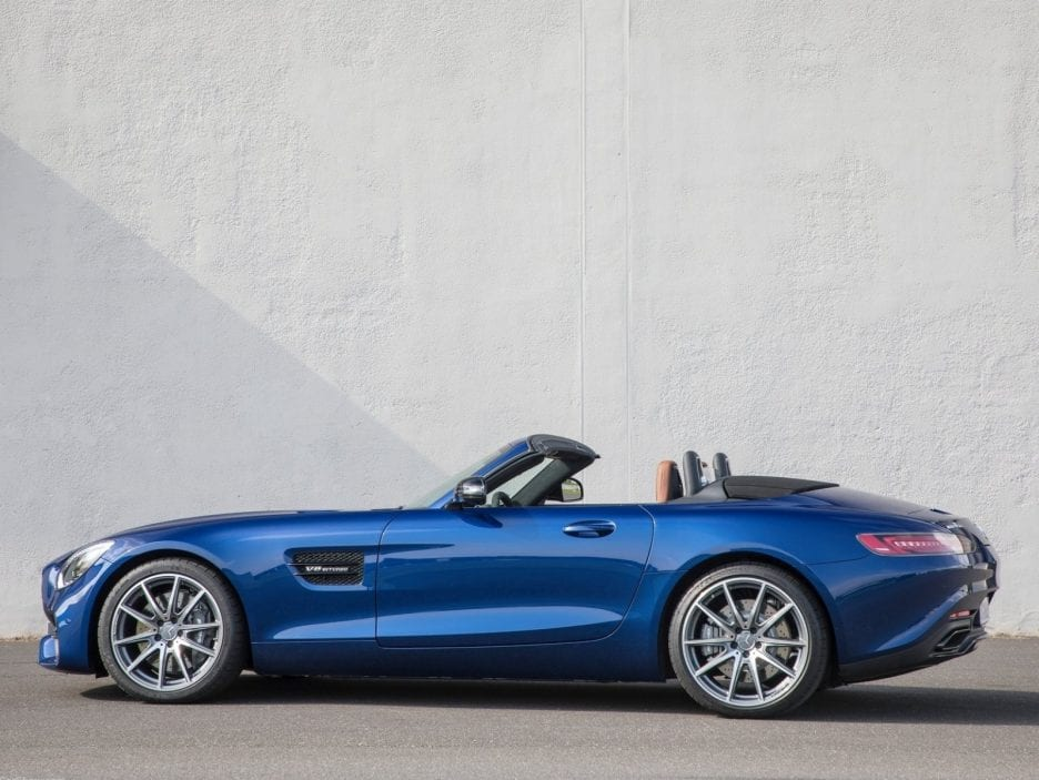 Mercedes GT AMG Roadster profilo