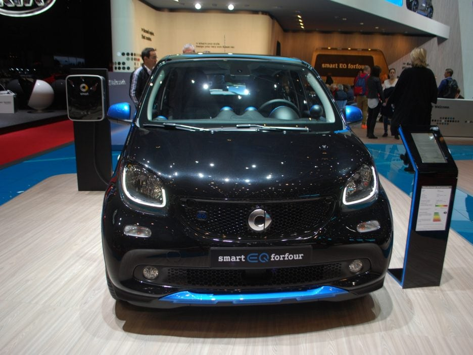 Smart EQ forfour frontale - Ginevra 2018