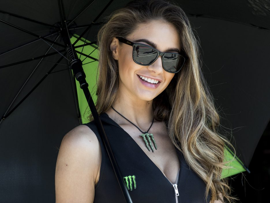 hi_05_Imola_WorldSBK_2018_Sunday_Monster_Girls_DSC_1959