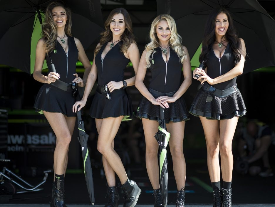 hi_05_Imola_WorldSBK_2018_Sunday_Monster_Girls_DSC_2025