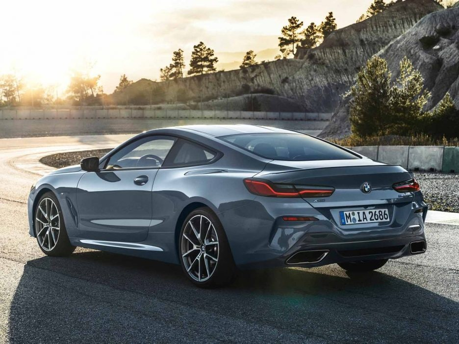 BMW-8-Series_Coupe-2019-1600-10