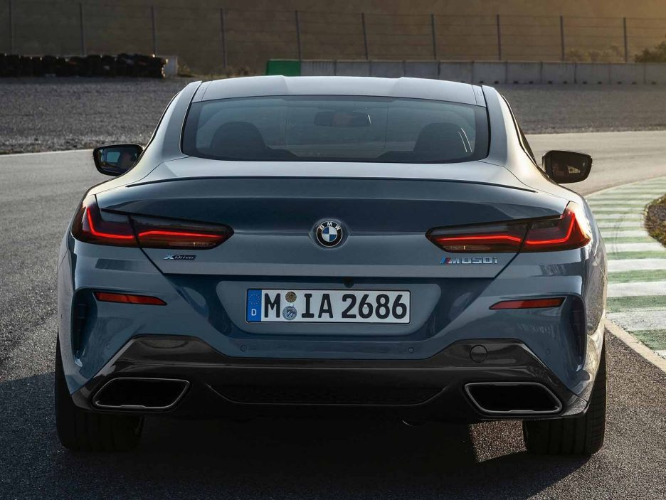 BMW-8-Series_Coupe-2019-1600-19