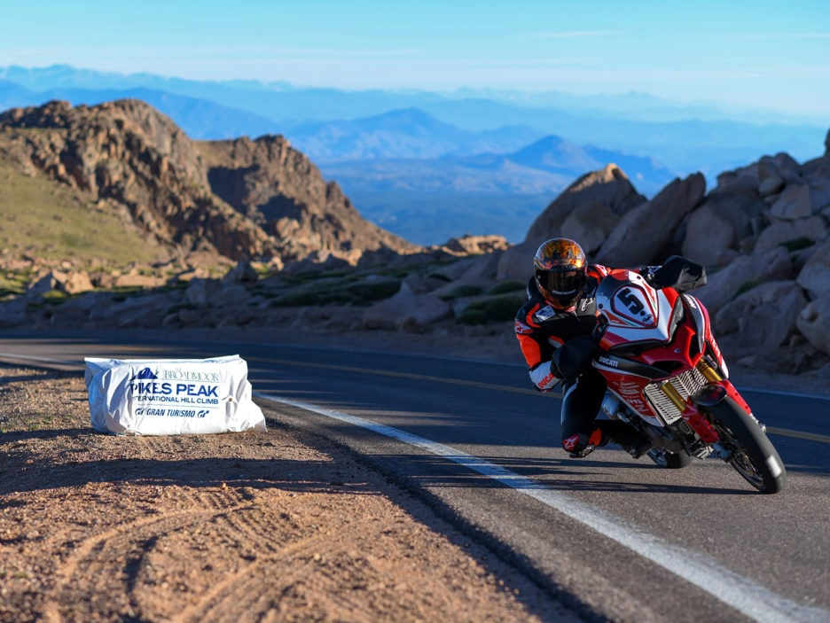 Pikes Peak International Hill Climb 2018 Multistrada 1260 Pikes Peak_UC66333_High