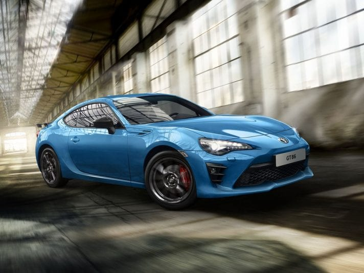 Toyota GT86 2019 Thunder Blue in anteprima al Japanese car meeting