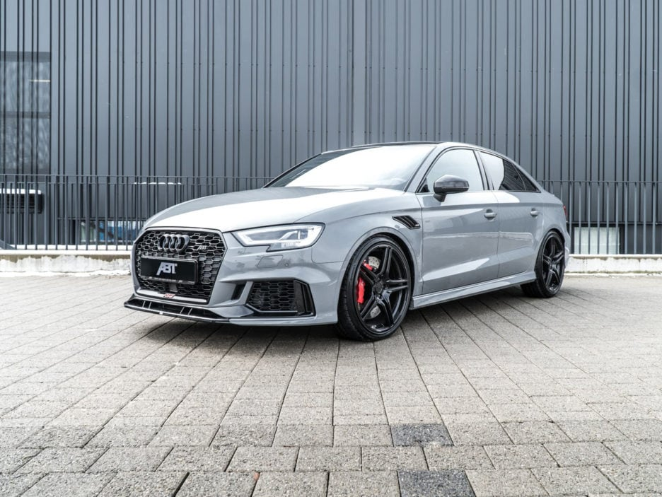 01_abt_audi_rs3_sedan_front_diagonal