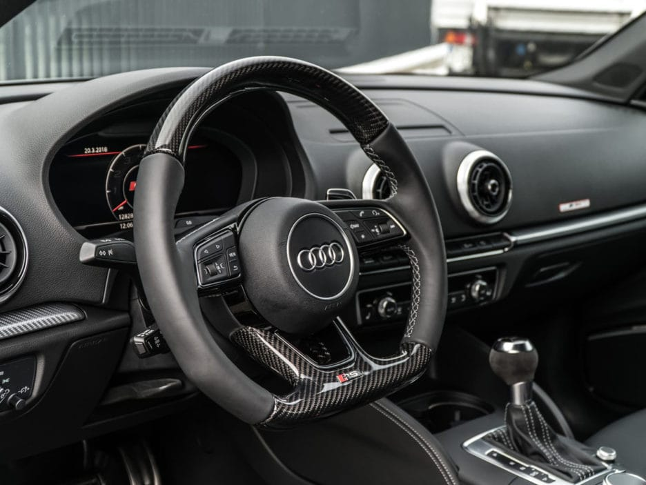 07_abt_audi_rs3_sedan_steering_wheel