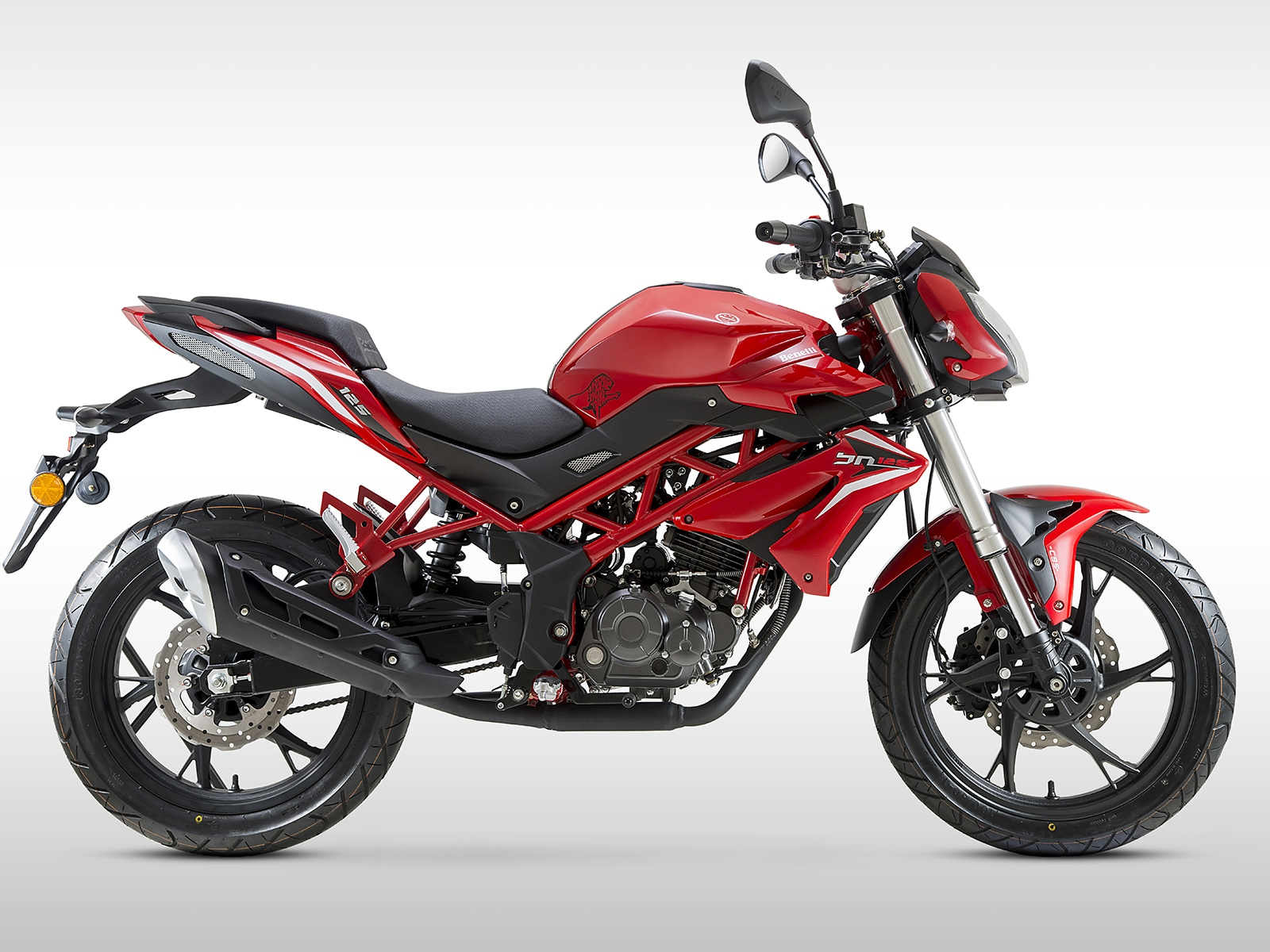 Benelli 125 BN Naked