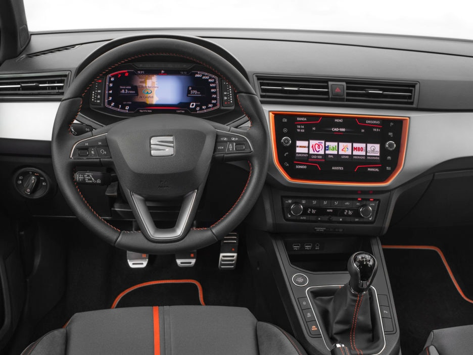 SEAT-introduces-its-Digital-Cockpit-to-the-Arona-and-Ibiza_007_HQ