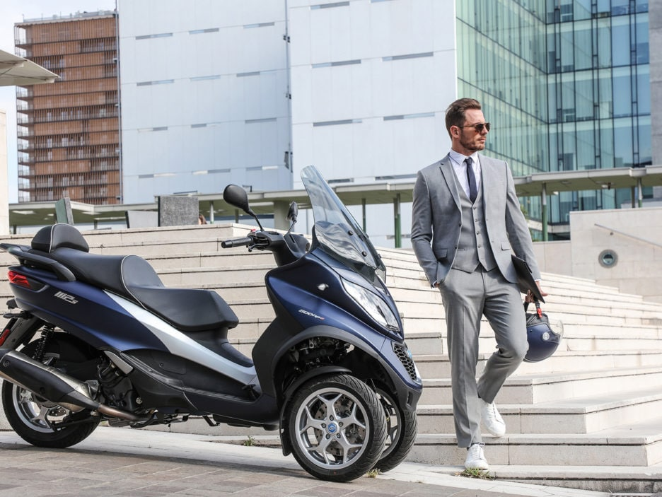 piaggio-mp3-500-hpe-business-ambient-25-
