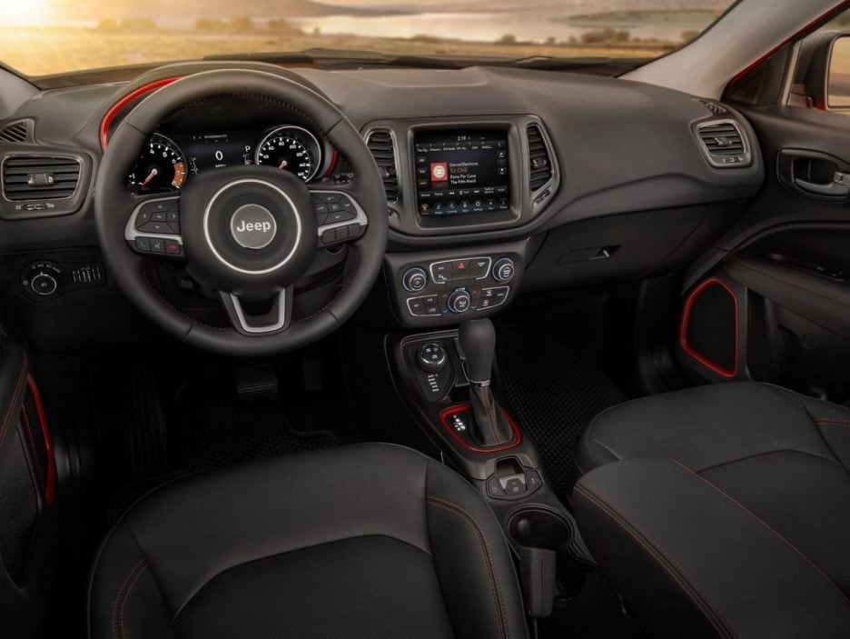 Jeep Compass interni
