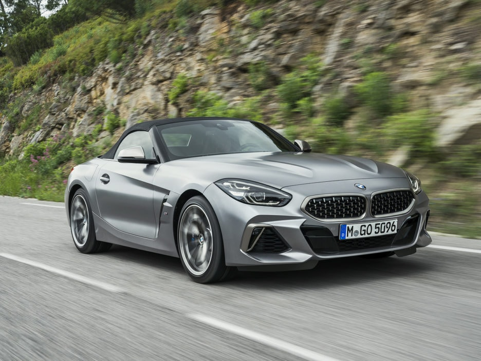 P90318597_highRes_the-new-bmw-z4-roads