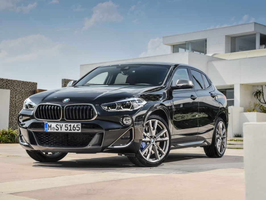 P90320363_highRes_the-new-bmw-x2-m35i-