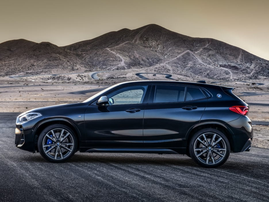 P90320372_highRes_the-new-bmw-x2-m35i-