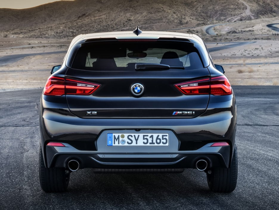 P90320373_highRes_the-new-bmw-x2-m35i-
