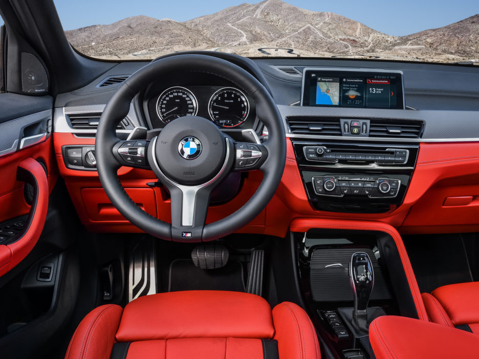 P90320387_highRes_the-new-bmw-x2-m35i-