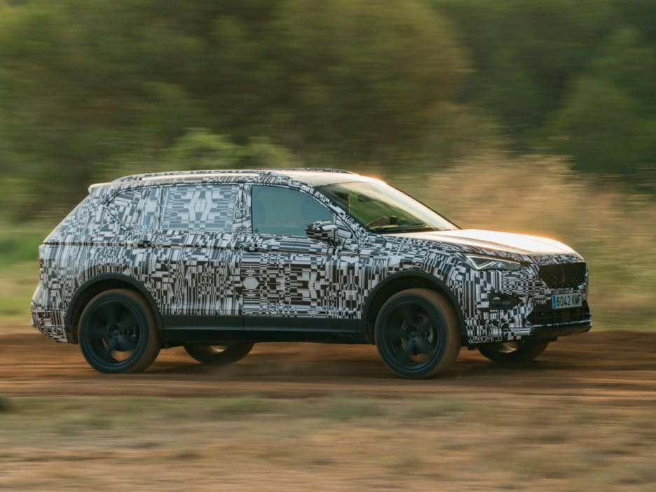 SEAT-Tarraco-on-and-off-road-performance-in-detail_001_HQ