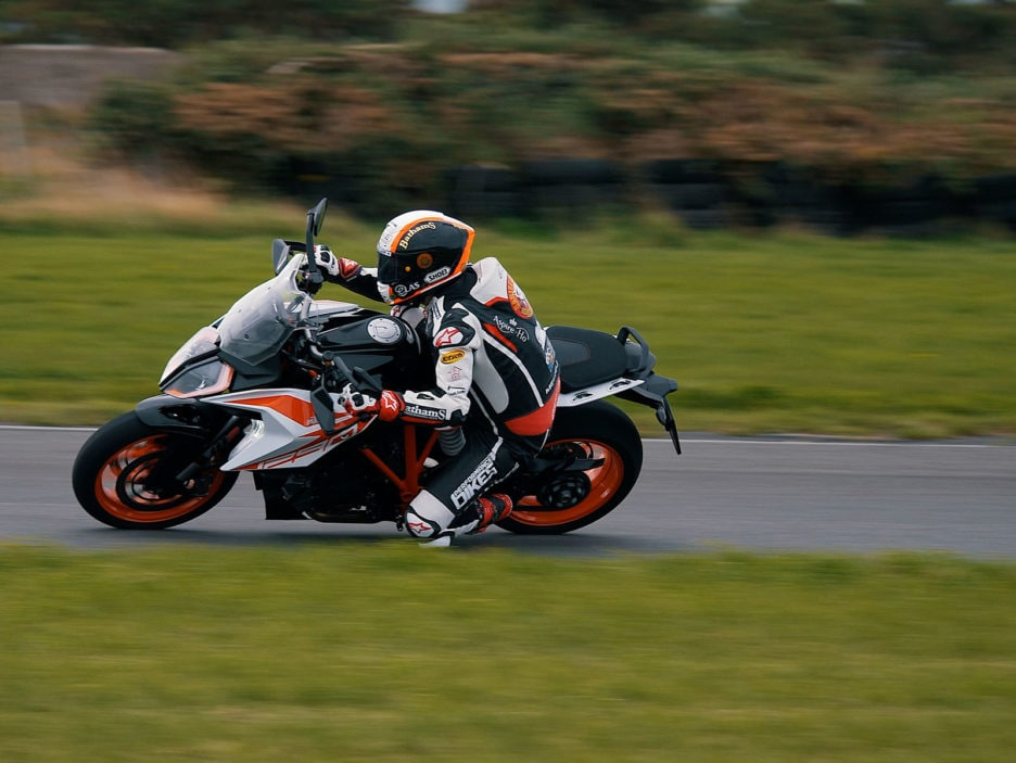 KTM 1290 SUPER DUKE GT at TT Isle of Man (3)
