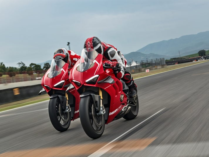 Ducati Panigale V4 R, il video
