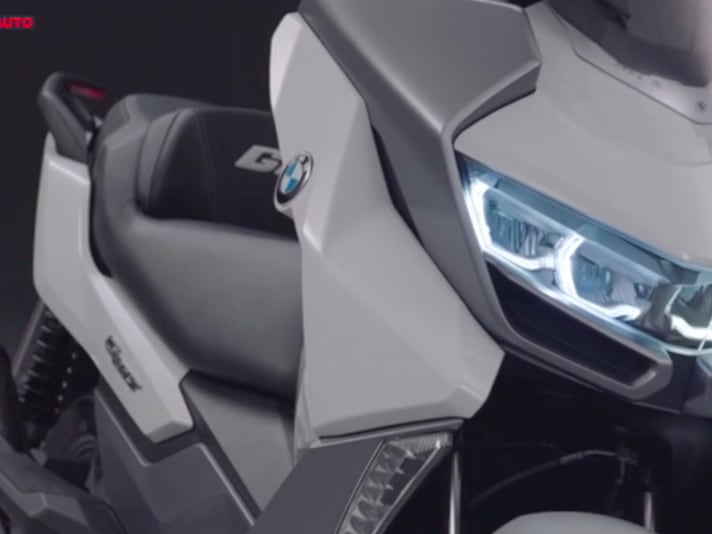 BMW C400GT, il video