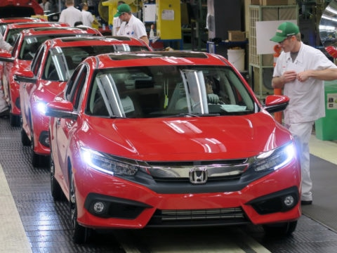 Honda of Canada Mfg. associates perform final inspections