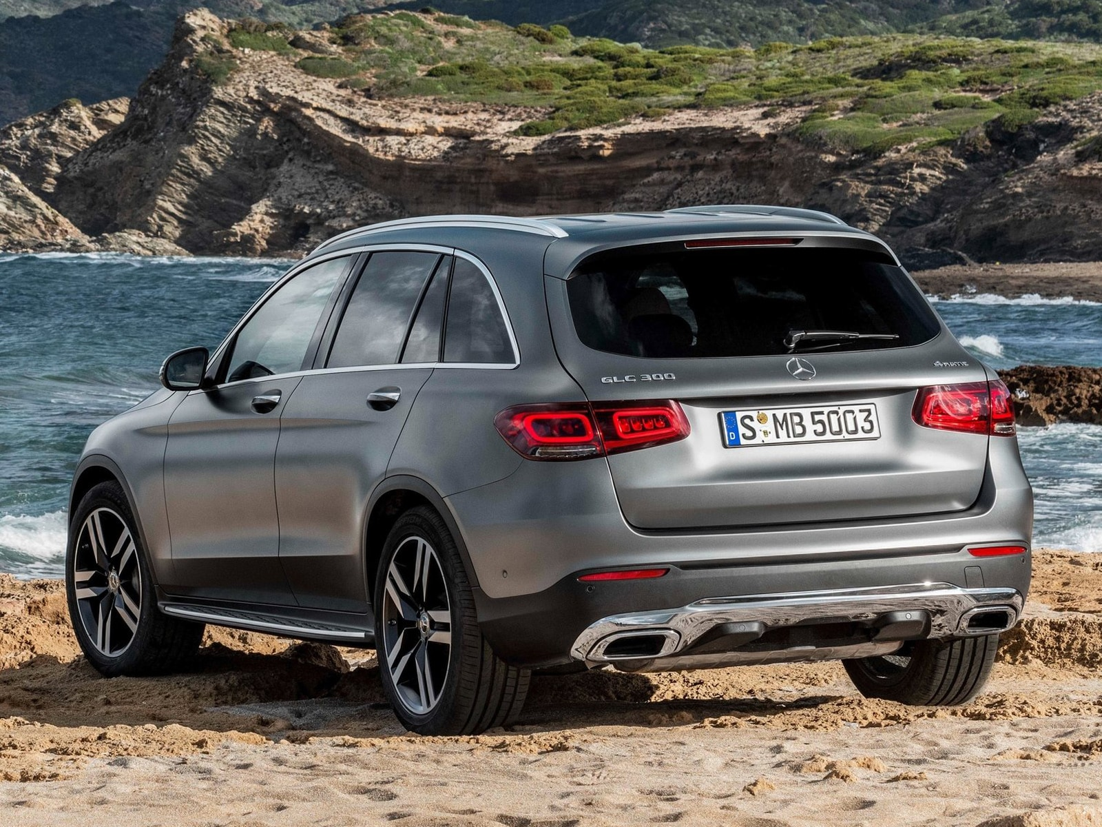 Mercedes-Benz GLC: restyling di metà carriera - Salone di Ginevra ...