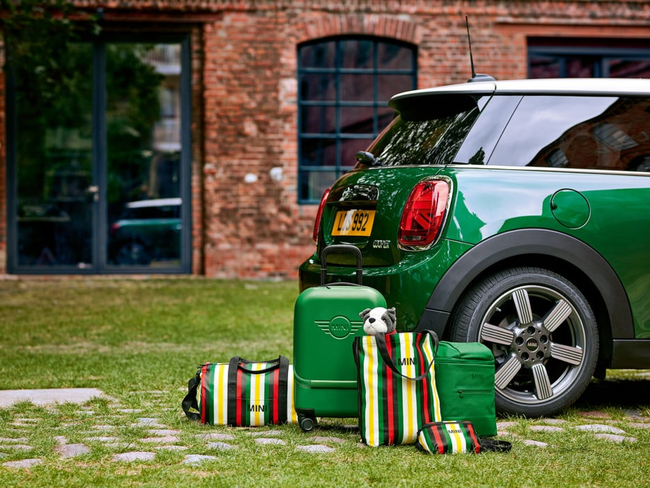 MINI 60 Years Lifestyle Collection, la collezione che celebra i 60 anni
