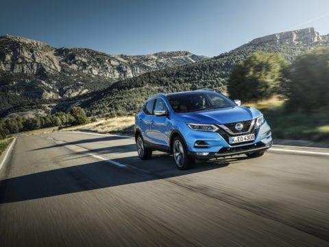 qashqai-new-hr13-engine-dynamic-blue-5-source