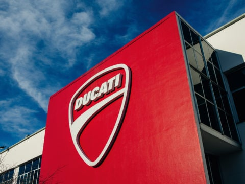 DUCATI MOTOR HOLDING spa FACTORY 2016 - big_UC38185_High
