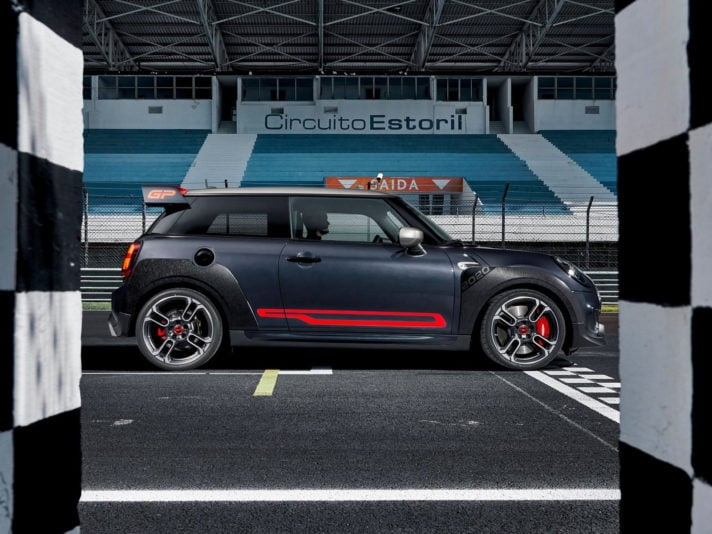 Mini-John_Cooper_Works_GP-2020-1600-03