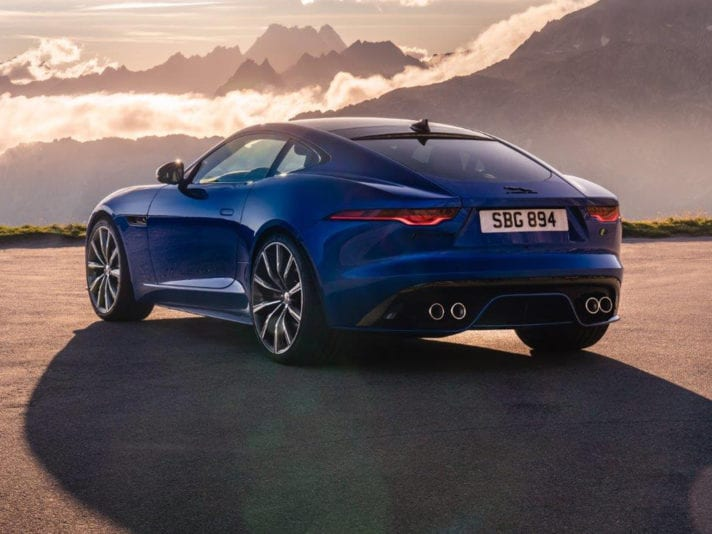 Jag_F-TYPE_R_21MY_Velocity_Blue_Reveal_Switzerland_2