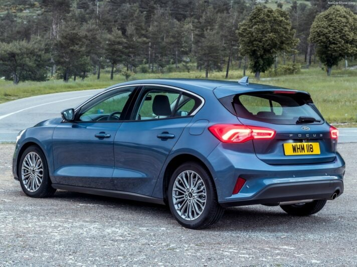 Ford Focus tre quarti posteriore